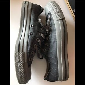 Grey Harringbone pattern Converse w 8 m 6.